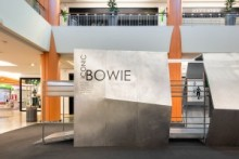 Exhibition Space Iconic Bowie
